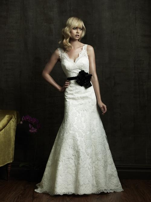 2011-wedding-dress trend