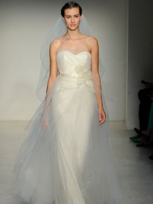 Wedding fashion trend 2013, strapless wedding dress
